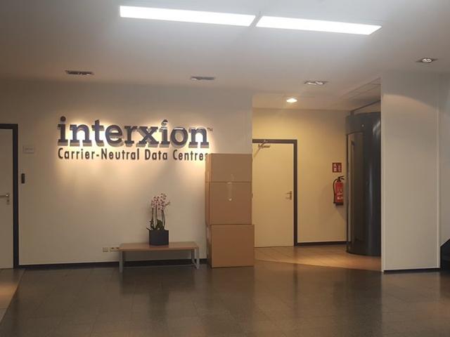(Français) Datacenter Interxion – location de baies – colocation ou housing de serveurs à Bruxelles